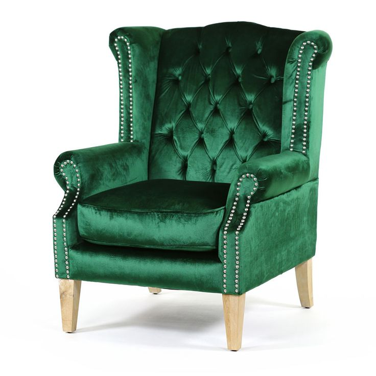 With a classic wingback design the Royale Wingback Arm Chair in Emeraldis the epitome of luxury, sophistication and elegance. Built with solid hard wood the...