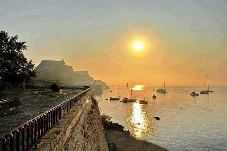 Κέρκυρα (Corfu Island) στην περιοχή Κέρκυρα, Κέρκυρα