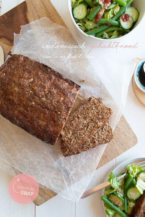 Een gehaktbrood met een Indonesisch tintje, makkelijk te maken en leuk om te serveren. Gewoon bij het diner, als borrelhapje of als broodbeleg!