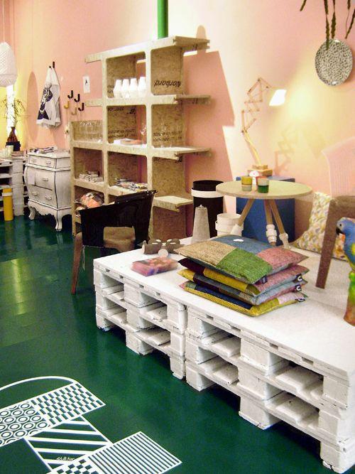 Store without a home - vtwonen #Amsterdam #shop #hotspot