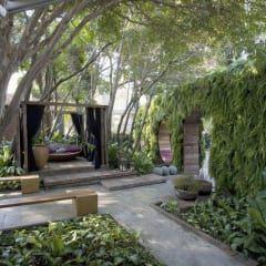 Jardim Casa Cor 2008: Jardins modernos por ricardo pessuto paisagismo