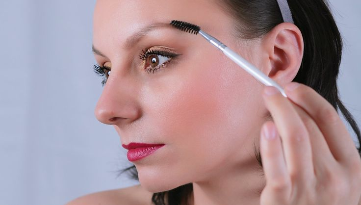 Think Like a Makeup Artist: Achieve the Perfect Eyebrow Using Geometry
