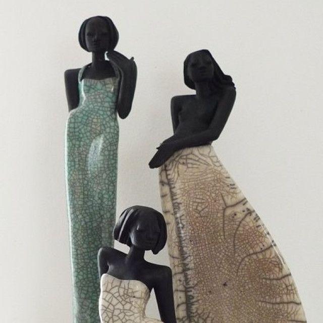 3 raku figuren shari mary und venus ceramique pinterest. Black Bedroom Furniture Sets. Home Design Ideas