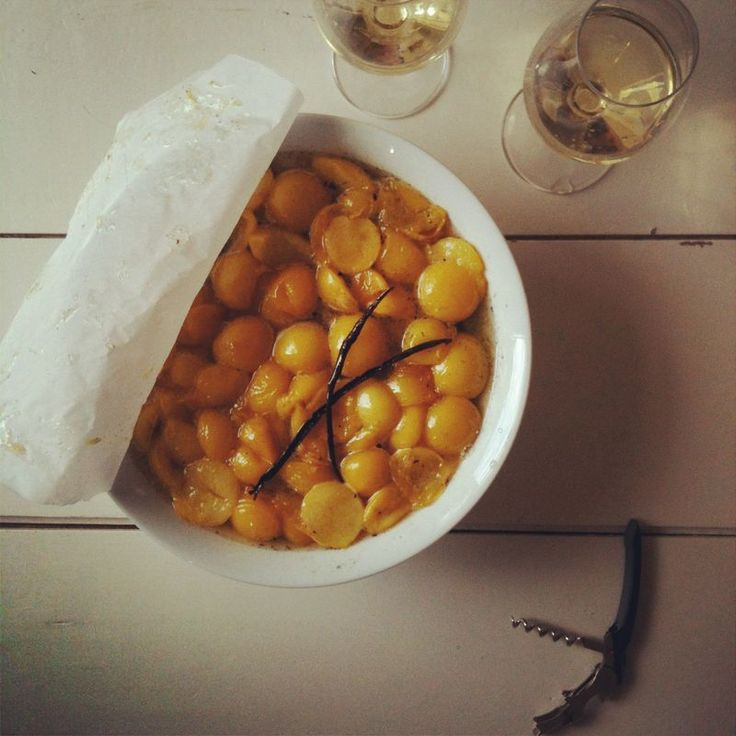 Mirabelle plum with Gewürztraminer and vanilla