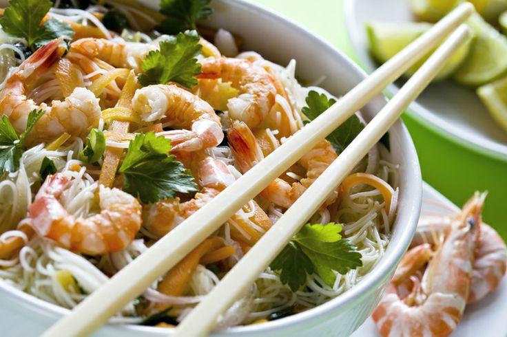 Se amate la #cucina cinese, per il vostro #brunch non potranno mancare dei #noodles con #gamberi e julienne di #verdure: http://www.saporie.com/it/doc-s-136-12523-1-noodles_con_gamberi_e_julienne_di_verdure.aspx #ricetta