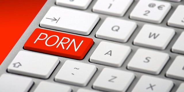 Banyak Nonton Porno Membuat Otak Menciut - Indopress, Kesehatan – Berbagai penelitian menunjukkan bahwa menonton video atau gambar pornodanmasturbasi (onani) memiliki dampak buruk pada kesehatan fisik, mental, dan sosial seseorang. Saat menonton porno, tubuh akan memproduksi berbagai …
