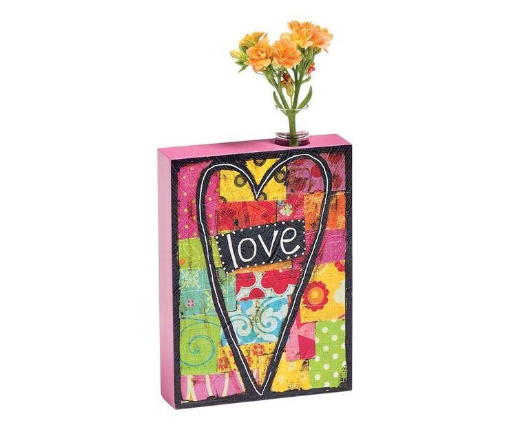 Vaza Love .      Dimensiuni: inaltime 16 cm     Greutate: 0.3 Kg     Material: MDF, sticla