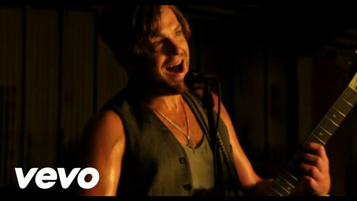 Kings Of Leon - Sex on Fire Kings Of leon Sex Is On Fire Kings Of Leon's official music video for 'Sex On Fire'. Click to listen to Kings Of Leon on Spotify: http://ift.tt/1KqfUhO As featured o...