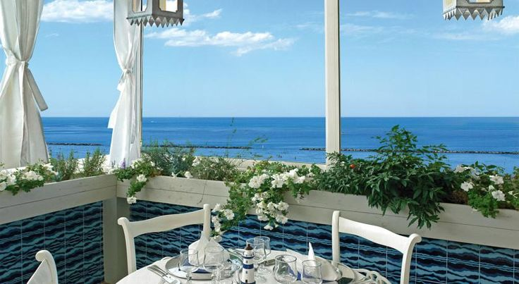 Hotel Maremonti Gabicce Mare Offering a Roof Garden restaurant with nautical theme, Hotel Maremonti is 2 minutes' walk from the beach in Gabicce Mare. Guests have free use of the swimming pool at a sister hotel 50 metres away.