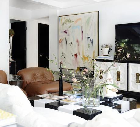 ARTFUL SPACE sketch42′s Black & White Living Room