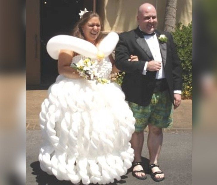 10 Of The Most Insane Wedding Dresses That Will Make You Laugh