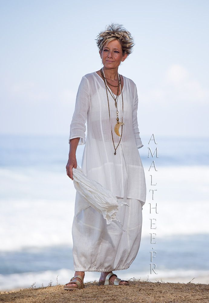Thin linen Organdi Shirt Emilie with our natural white linen skirt Zoé -:- AMALTHEE -:- n° 3509