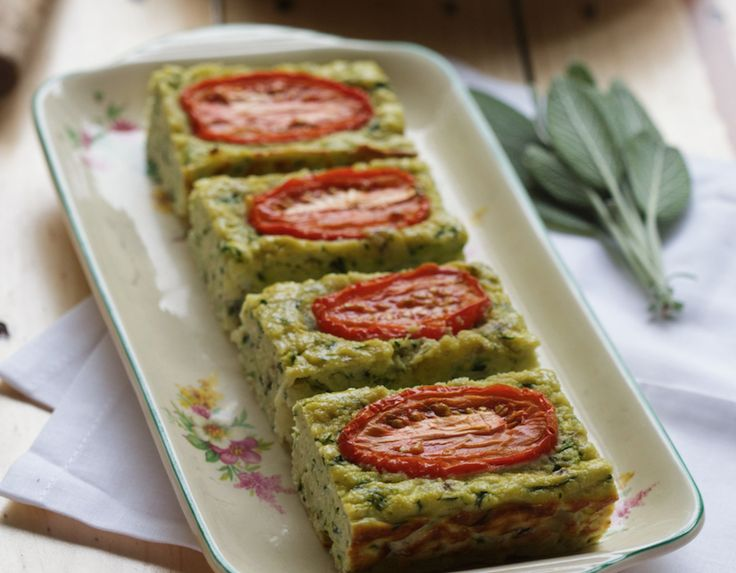 ZUCCHINI SLICE (RECIPE) - Such a simple recipe to create and have on hand for those rushed mornings!