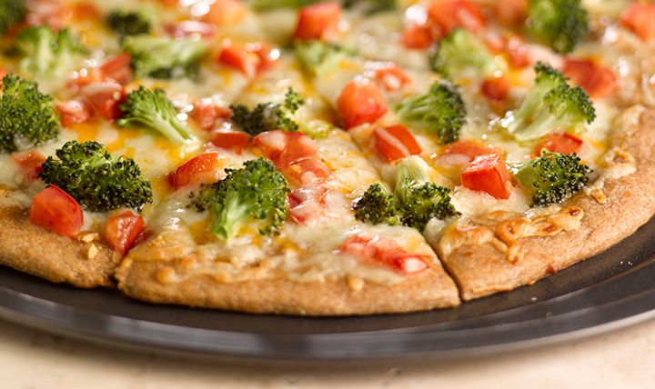 Beneforte-and-roma-tomato-pizza    #EatSmart
