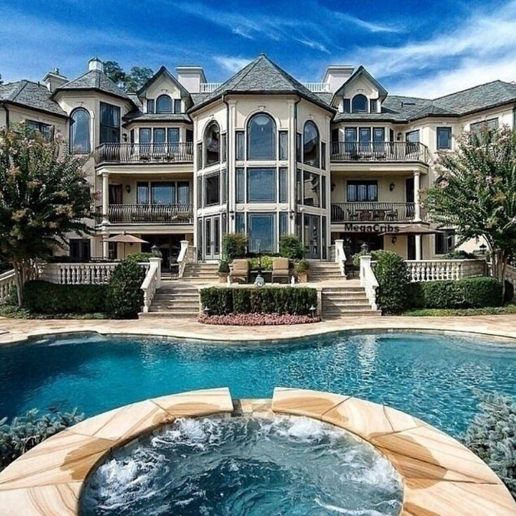 Beautiful Houses With Pools: 25+ Best Ideas About Mansion Houses On Pinterest