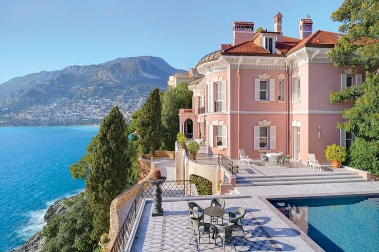 Les Rochers, ocean home Villa  CAP-MARTIN, FRANCE ~ For Sale Burger Sotheby's ~  Please hire Noir Blanc Interiors when you buy it.  My absolute favorite place in the world!