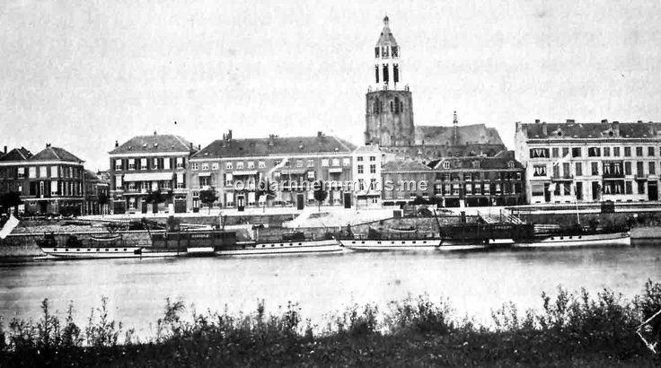 Arnhem 1870 met de Rijn boten