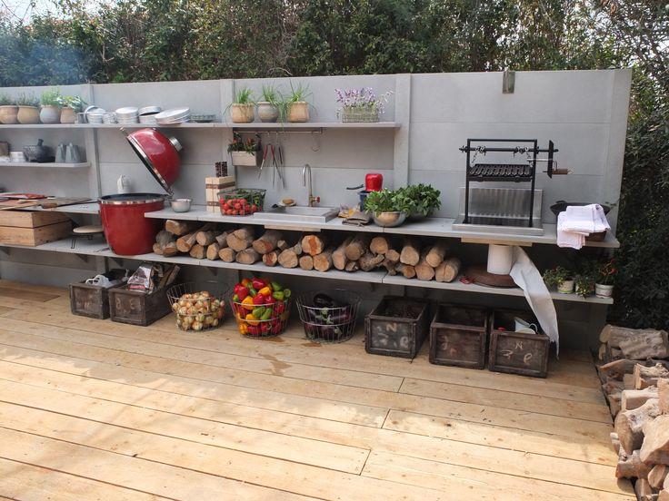WWOO outdoor kitchen in Israel | www.wwoo.nl