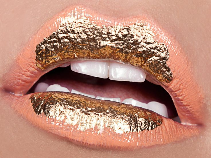 Give two-tone lips that extra pop with foil, Yeah, foil! Here's how…