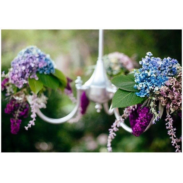 Floral chandelier detail #floralchandeliers #flowers #willowandvine #parties #weddings #styling #sweet #eventdecor