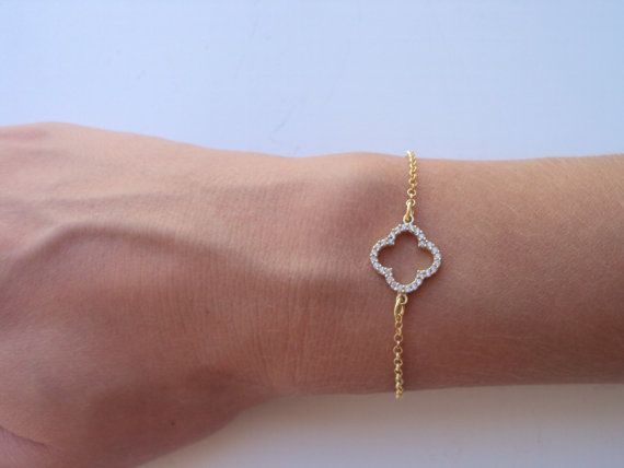 Delicate Clover Bracelet for Best Friend Gold by VasiaAccessories