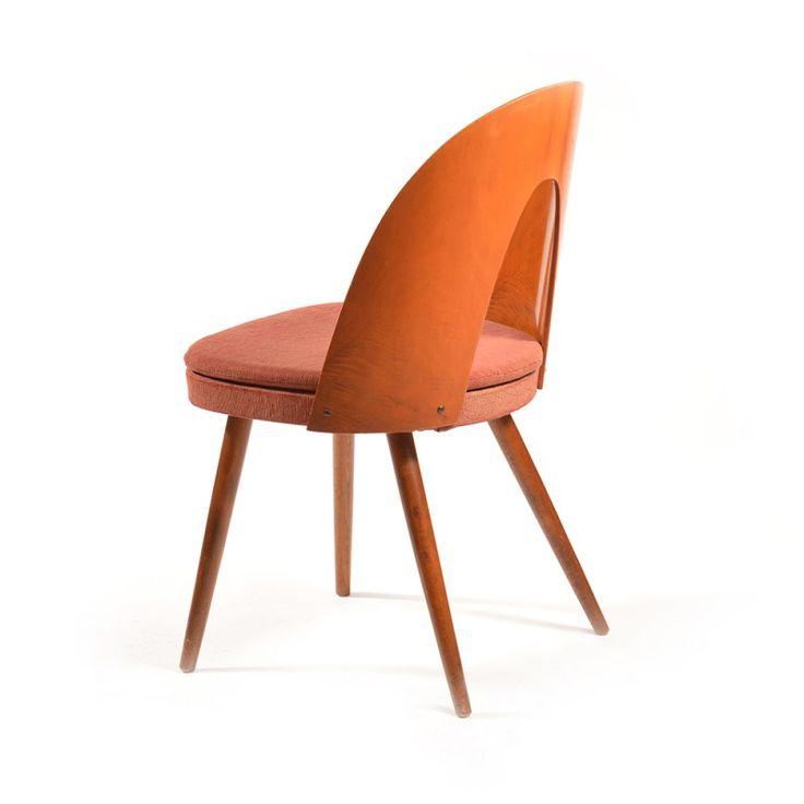 Ensemble de 4 chaises tchécoslovaques en bois et tissu, Antonin SUMAN - 1960 - Design Market