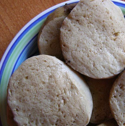 Ieri am incercat pentru prima data sa fac seitan-ul ( http://en.wikipedia.org/wiki/Wheat_gluten_(food)  http://ro.wikipedia.org/wiki/Gluten ...