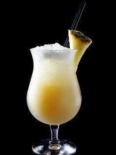 lait de coco, citron, sucre vanillé, crème liquide, jus d'ananas, rhum, cannelle Plus