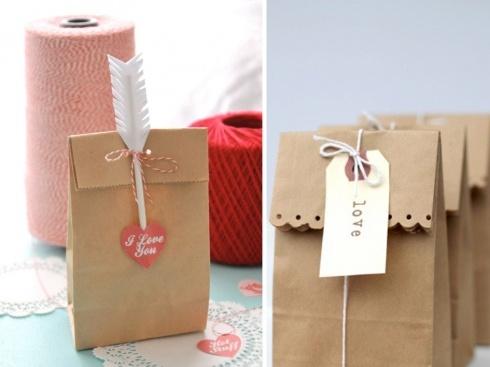 Decorative Kraft Paper Gift Bags