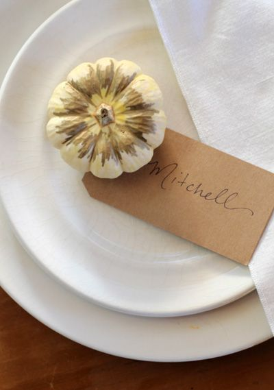 DIY Thanksgiving Table Decor And Inspirations