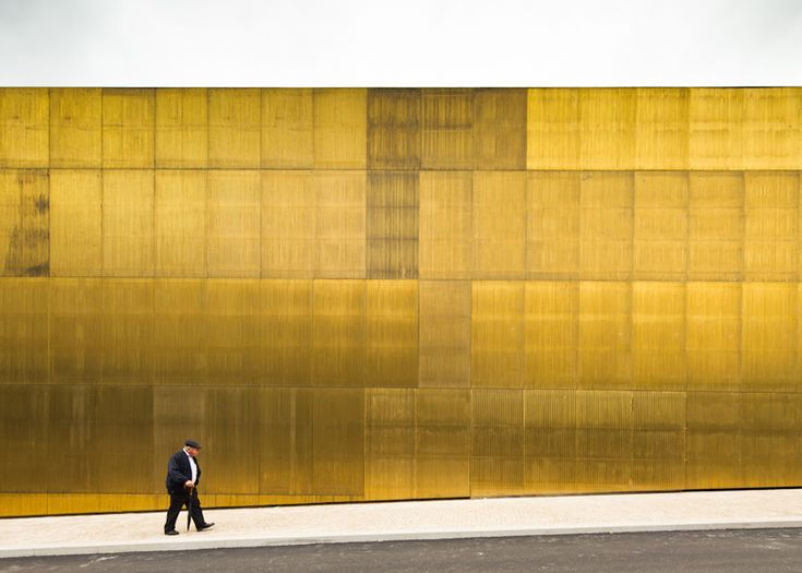 Center for the Arts Jose de Guimaraes, Pitagoras Arquitectos