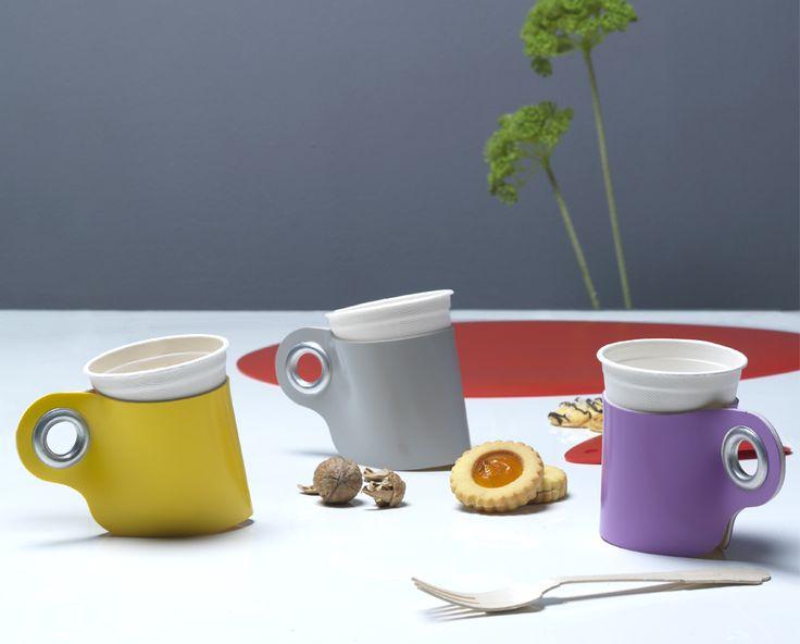 Easycup, pvc glass holder by Zpstudio. Photo Gildardo Gallo