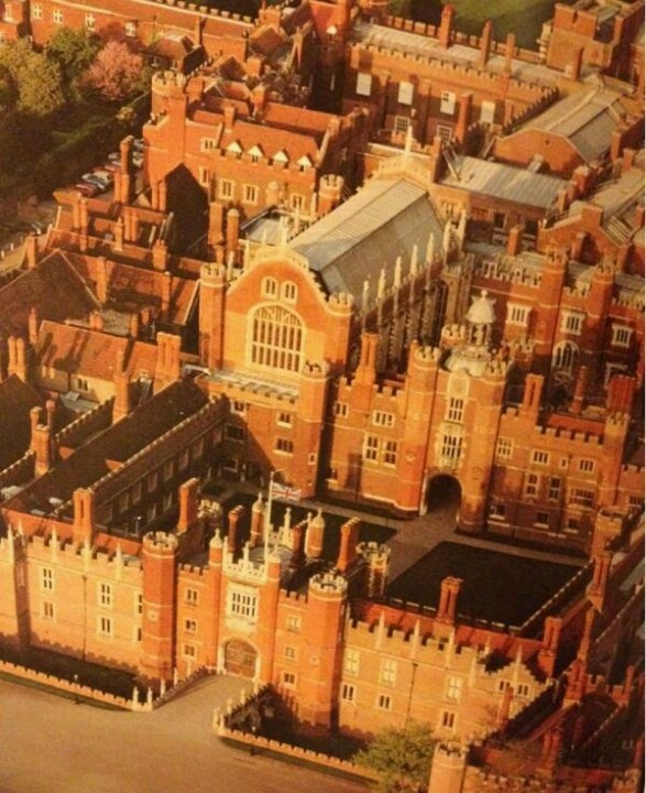 Hampton Court, Henry VIII Palace in South Hampton.