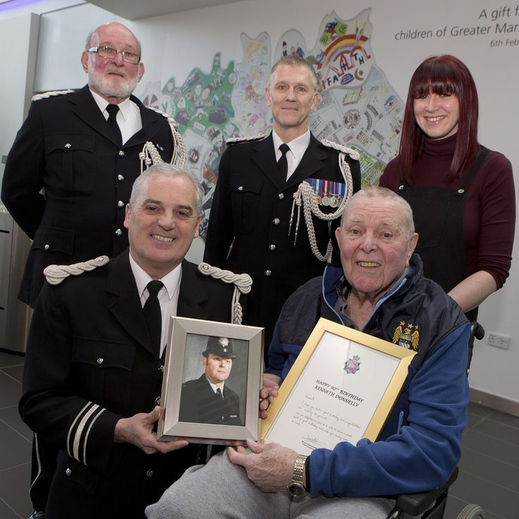 A police veteran got a surprise visit to Greater Manchester Police headquarters on 24 February 2017. Mr. Ken Donnelly dropped in on the day before his 90th birthday. Ken joined Salford City Police in 1948 aged 21 after having previously served in the Royal Signals. He soon joined the force's band where he learned to play the clarinet. He played on until his retirement in 1973. www.gmpband.co.uk