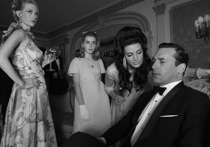 New 'Mad Men' Season 6 Stills Offer Intriguing Clues of What's to Come (PHOTOS)