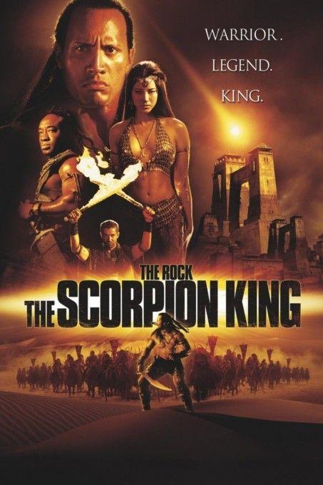 The Scorpion King  Description: Fantasie wordt werkelijkheid voor de dromerige student Yuk-Su die zijn tijd op school doorbrengt met het tekenen van imaginaire kung fu-helden. Wanneer hij per toeval een jong meisje redt uit handen van een bende vrouwenhandelaren aangevoerd door de lokale politiecommissaris krijgt Yuk-Su het aan de stok met de ultieme vechtmachine: The Scorpion King! Met zijn striphelden als inspiratie en een echte kung fu-meester als steun moet Yuk-Su al zijn moed kracht en…