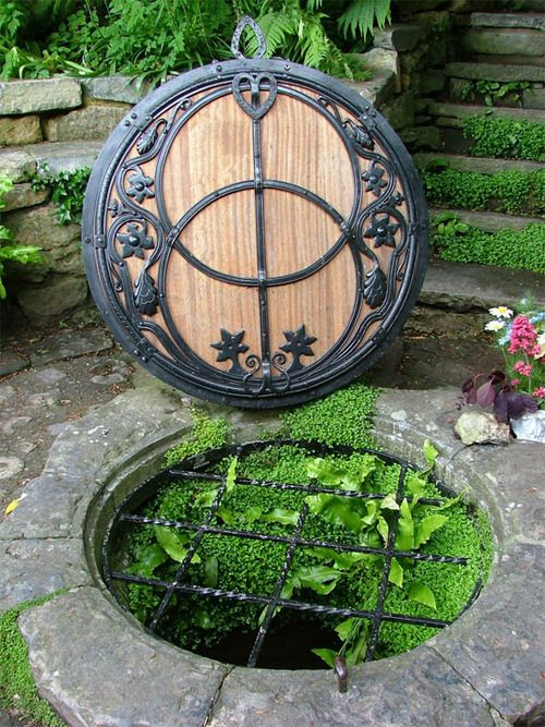 Chalice Well, Glastonbury, Somerset, EnglandDoors, Manhole Covers, Water Gardens, Chalice Well, Water Features, Holy Grail, Places, Gardens Design, Hot Spring