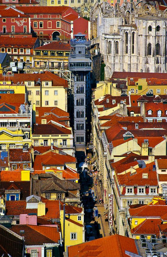 Elevador de Santa Justa, Lisboa, Portugal. Entre Baixa et Largo do Carmo