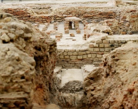 Thermenmuseum Heerlen in Zuid-Limburg, Romeins en archeologisch museum. | Bezoek het badhuis, exposities en lezing