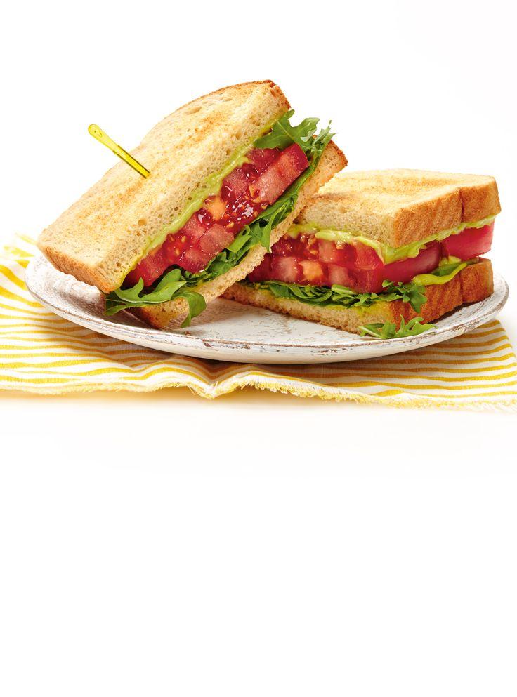 Recette de Ricardo de sandwich aux tomates et à l'avocat