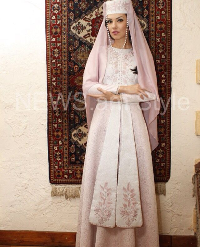 Armenian girl in traditional costume | Armenian Culture ...