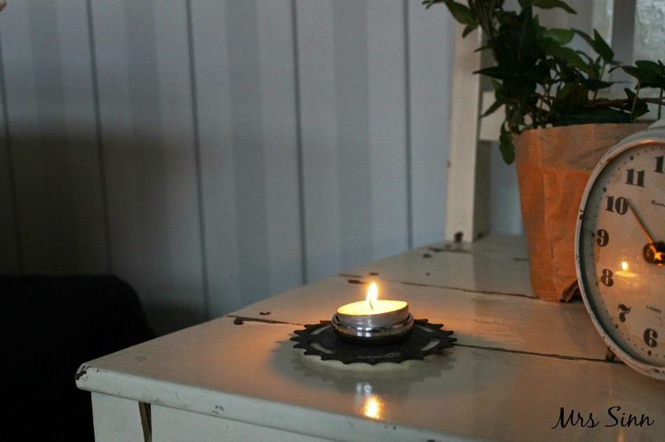 The Candle Holder designed and made by Hienostella. The Pic by Mrs Sinn Blog.