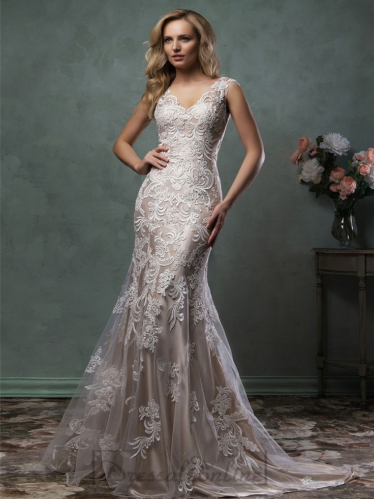Luxury Mermaid V-neck Lace Wedding Dress with Illusion Back