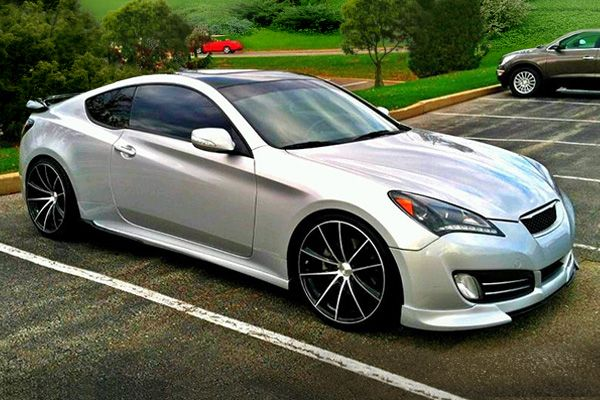 Hyundai Genesis Coupe Black Wheels