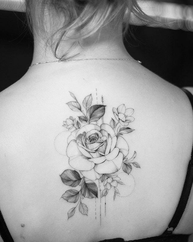 Karolina Szymanska Karolinaszymanska Tattoo Zdjecia I Filmy Na Instagramie Thigh Tattoo Incredible Tattoos Tattoos