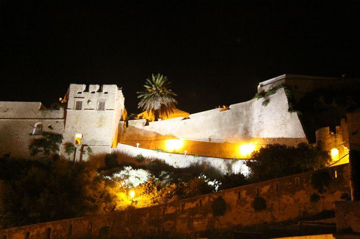 Vista notturna dell'Isola di San Nicola