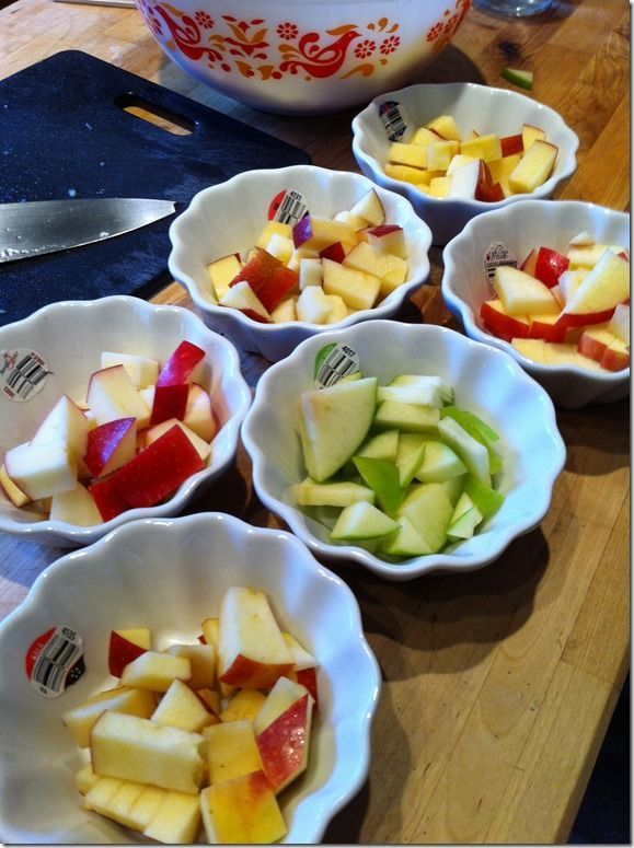 Apple Taste Test and Graph Activity -Kids can taste different kinds of apples to determine which they like best.