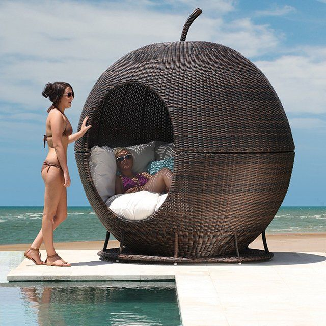 igloo apple day bed this stylish sun lounger and day bed is lightweight and easy to transport. Black Bedroom Furniture Sets. Home Design Ideas