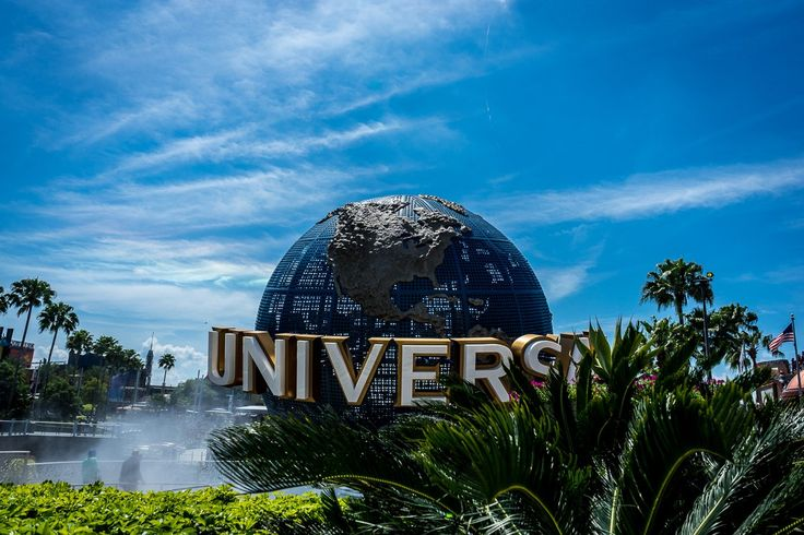 Join us as we show you everything you need to know about Universal Orlando vacation packages. Are they worth it? All the answers are here.
