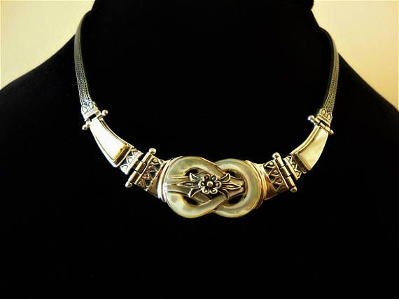 Hercules Knot 925 Sterling Silver Necklace with Mother of